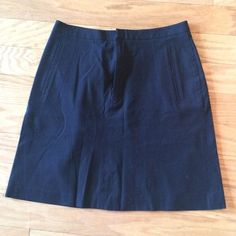 Banana Republic Stretch Skirt This Banana Republic Black Stretch Skirt is great for work or a night out! Made of rayon and spandex, it fits perfectly to your body shape. Measuring 18 inches from top to bottom, it has a zipper and hook closure at its front. Banana Republic Skirts Mini