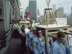 Francis Alys - Modern Procession - Transport of Works of Art to new Museum of Modern Art