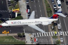Nice aerial view of a Delta Airlines Boeing 717-231 landing at Los Angeles International into the Brand new runway 24 R