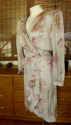 Vintage 80s Silver and Lavender Floral Silk Tulip by Calliopegirl, $60.00