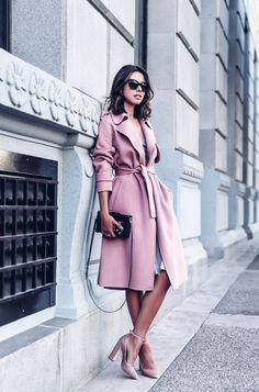¿Paris? ¿NewYork? ¿Milan? Deslumbra las calles de otra ciudad con este outfit completo. Mejor muerta que sencilla, y siempre femenina.
