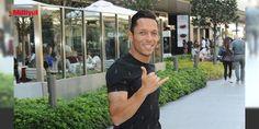 Beşiktaş'ın yıldızı Adriano alışverişte...: İzin gününü fırsat bilip geldiği Zorlu AVM'de mağazaları dolaşıp alışveriş yapan Adriano Correia bir mağazada ev eşyası baktı.Yıldız futbolcu daha sonra İstanbul Morini'ye geçerek yemek yedi....