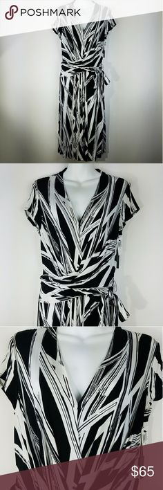 """David Meister Black White Dress Sz L David Meister Black White Print Wrap Belted Sheath Shift Dress Sz L Large V Neck  Excellent used condition!  Flat Lay Measurements Unstretched Underarm to underarm: 17"""" Length: 44""""  Comes from a smoke and pet free home! Check out the rest of my ebay store, David Meister Dresses"""