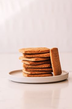 Homemade Tennis Biscuits - The Kate Tin - Judy Dunnett - African Food Peppermint Crisp Tart, South African Dishes, Coconut Biscuits, Chocolate Sugar Cookies, Halal Recipes, Sweet Pastries, Mousse Cake, Cake Flour, Biscuit Recipe