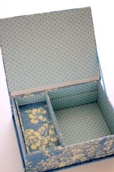 Cartonnage : a serene life box Fabric Covered Boxes, Fabric Boxes, Diy Gift Box, Diy Box, Cardboard Crafts, Paper Crafts, Altered Cigar Boxes, Doll Beds, Newborn Baby Gifts