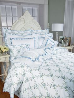 Aquarius   Luxury Bedding   Italian Bed Linens   Schweitzer Linen Youu0027ll  Awake Refreshed And Cheery With These Lively Yellow, Blue And White Italiau2026