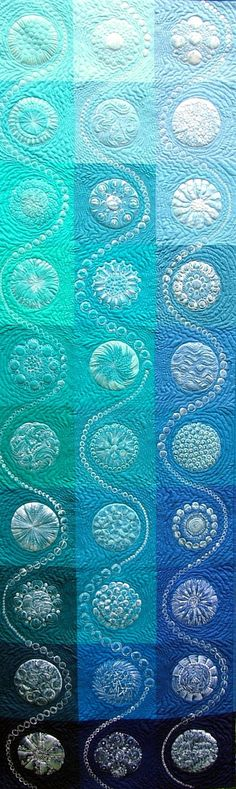 shades of aqua / turquoise / teal / gorgeous quilt Patchwork Quilting, Quilt Stitching, Longarm Quilting, Quilting Tips, Free Motion Quilting, Quilting Projects, Circle Quilts, Quilt Blocks, Quilt Modernen