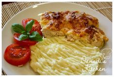 Érdekel a receptje? Mashed Potatoes, Bacon, Chicken, Meat, Ethnic Recipes, Kitchen, Food, Whipped Potatoes, Cooking