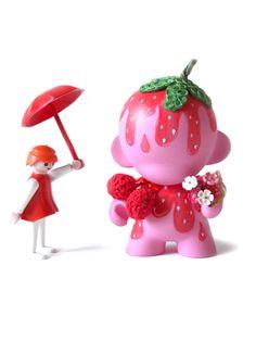 "Mini Munny ""Strawberry"" par MELI-MELOW"