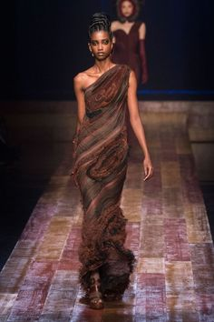 9ee54ad1f5 Jean Paul Gaultier Fashion Show   More Luxury Details Couture Collection