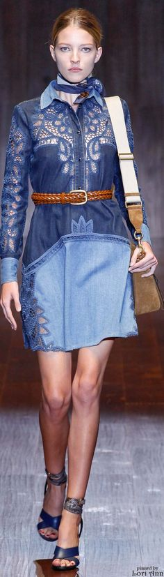 We bring the denim looks from some top Luxury brands including Gucci, Dolce & Gabbana and Burberry. They play around with denim using unique styles , embellishments, stitchings and without much focus on washing to bring a clean but styl Spring Fashion, Fashion Show, Fashion Design, Denim Fashion, Fashion Outfits, Fashion Trends, Fashion Clothes, Gucci Spring, Patchwork Dress