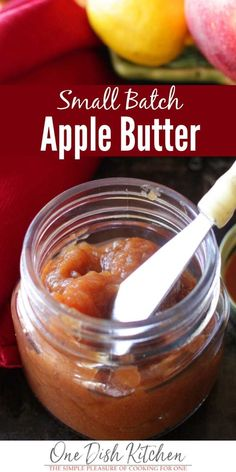 This homemade apple butter is made in a slow cooker. It& perfectly spiced and so easy to make. This small batch apple butter recipe comes with step-by-step instructions. It& wonderful to spread on toast, to use in a recipe, or to give a jar as a gift. Jam Recipes, Canning Recipes, Apple Recipes, Recipies, Barbecue Recipes, Party Recipes, Fruit Recipes, Grilling Recipes, Sweet Recipes