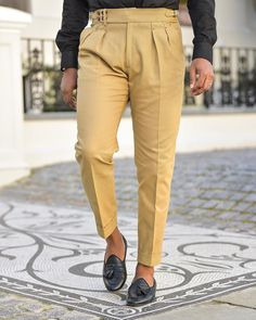 Mens Pleated Trousers, Men Trousers, Mens Dress Pants, Pant Shirt, Mens Formal Pants, Formal Men Outfit, African Clothing For Men, Mens Clothing Styles, Indian Men Fashion