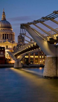 stroll across the Millennium Bridge in London, England. Places Around The World, The Places Youll Go, Places To See, Around The Worlds, Millennium Bridge London, London Bridge, London Eye, London Tips, London Night