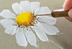 Painting Daisies with a Flat Brush