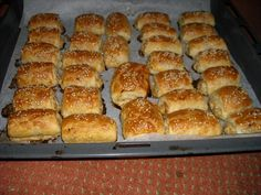 We have created the perfect Southern biscuit. You won't be disappointed! Yummy Snacks, Snack Recipes, Cooking Recipes, Party Finger Foods, Party Snacks, Southern Biscuits, Sandwiches, Dutch Recipes, Exotic Food