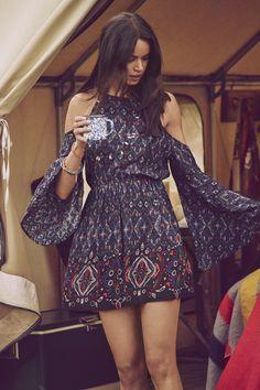 A&F Summer Getaway // Great Outdoors // Boho beauty. Printed cold shoulder dress, A&F Summer season Getaway // Nice Outside // Boho magnificence. Printed chilly shoulder gown A&F Summer season Getaway // Nice Outside // Boho magnifi. Boho Style Dresses, Boho Outfits, Boho Dress, Cute Dresses, Casual Dresses, Fashion Dresses, Maxi Dresses, Awesome Dresses, Boho Summer Dresses