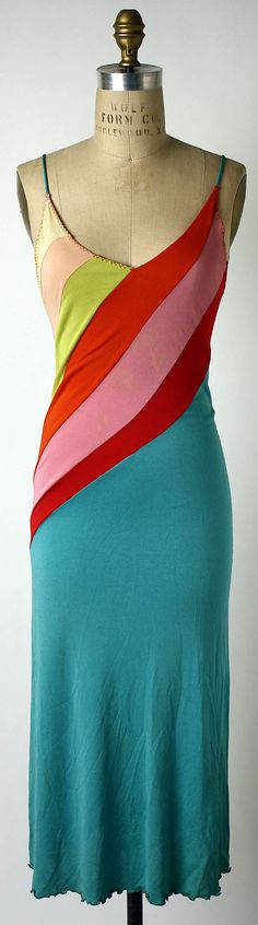 bold stripes make serious curves on this american dress. love the colors. (stephen burrows - 1973)