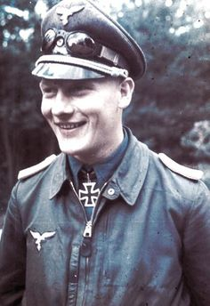 Major Erhard Jähnert (17 August 1917 – 23 July 2006) credited with flying 622 missions. Knight's Cross of the Iron Cross on 18 May 1943 as Leutnant and pilot in the III./Sturzkampfgeschwader 3