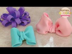 Cupcakes Fondant Amor Watches Ideas For 2019 Fondant Flower Cake, Fondant Bow, Fondant Cupcakes, Chocolate Fondant, Modeling Chocolate, Rainbow Icing, Tutorial Rosa, Cream Cheese Cupcakes, Bow Cakes