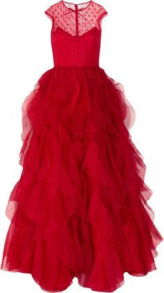 Lynn found your red dress Valentino - Lace and ruffled silk-organza gown Valentino Gowns, Valentino Red, Lace Evening Gowns, Silk Organza, Silk Gown, Fancy, Fashion Week, Red Fashion, Beautiful Gowns