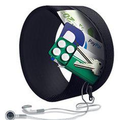 2 ארנקי צמיד CUKKA ב-€19.99 בלבד  תשכחו מארנקים שהולכים לאיבוד או נגנבים! מהיום אפשר ללכת עם הכסף, רשיון הנהיגה והמפתחות שלכם על היד ולהרגיש בטוחים. 2 ארנקי צמיד של חברת CUKKA ב 19.99 €בלבד או ארנק צמיד אחד ב €11.99 והמשלוח לארץ חינם.