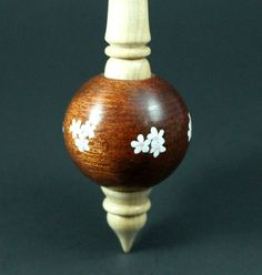 Bead spindle in bloodwood and curly maple / Woodland Woodworking