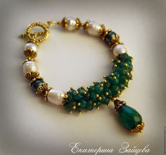 Chunky Jewelry, Wire Jewelry, Beaded Jewelry, Jewelry Bracelets, Jewelery, Silver Jewelry, Bracelet Organizer, Polymer Clay Bracelet, Handmade Jewelry Designs