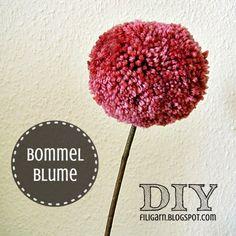 Bommelblümchen DIY aus Wollresten / Pompon flower DIY made from scraps of yarn / Upcycling