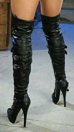 Thigh high black leather plateau boots #platformhighheelslatex #hothighheelslingerie