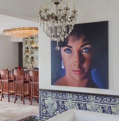 This Hotel Used To  Be Elizabeth Taylor and Richard Burton's Love Nest