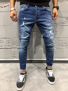 classy mens fashion which look trendy Mens Fashion Casual Shoes, Mens Fashion Suits, Latest Fashion Clothes, Denim Cargo Pants, Denim Jeans Men, Outfits Hombre, Mens Clothing Styles, Urban Fashion, Urban Style