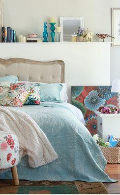 Nos encanta el #estilo #Garden en el #dormitorio, #romántico y #natural. #Cama #Celeste #Homy Comforters, Bedroom Decor, Blanket, House, Furniture, Home Decor, Natural, Garden, Upholstered Beds