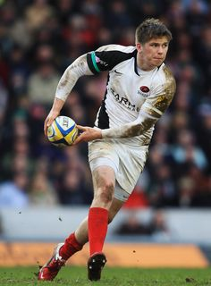 Owen Farrel Photos - Owen Farrell of Saracens in action during the Aviva Premiership match between Leicester Tigers and Saracens at Welford Road on March 2011 in Leicester, England. - Leicester Tigers v Saracens - AVIVA Premiership Leicester Tigers, Benetton, Rugby, Captain America, Hands, Superhero, Photos, Pictures, Football
