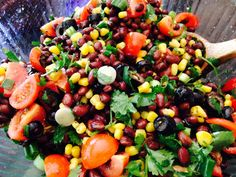 This Quick and Easy Bean Salsa is one of our favorite appetizers when guests come! Serve with organic corn chips and avocado for a healthy snack. Low Carb Recipes, Great Recipes, Vegetarian Recipes, Cooking Recipes, Favorite Recipes, Healthy Recipes, Vitamix Recipes, Healthy Snacks, Healthy Eating