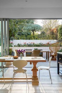 In this Victorian revamp, soft sorbet shades set a calm palette – then a host of brilliantly wayward finishing touches stir things up. Outdoor Rooms, Outdoor Living, Outdoor Furniture Sets, Outdoor Decor, Indoor Outdoor, Sorbet, Victorian Terrace House, Cheap Office Decor, Huge Houses
