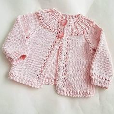 Sewing Patterns For Kids Baby Knitting Patterns Baby Patterns Sewing For Kids Newborn Crochet Crochet Baby Knit Crochet Baby Cardigan Knitting For Kids Baby Cardigan Knitting Pattern, Knitted Baby Cardigan, Knit Baby Sweaters, Knitted Baby Clothes, Girls Sweaters, Baby Knitting Patterns, Baby Patterns, Cardigan Bebe, Baby Girl Cardigans