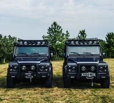 """""""3/4... Ready and raring to go! Taken to the next level with ultimate detailing! - #TwistedDefender #Defender #Style #LandRover #4x4 #Lifestyle #Outdoors…"""""""