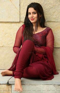 Lovely Indian actress, burgundy churidar kameez suit and natural makeup. Beautiful Girl Photo, Beautiful Girl Indian, Most Beautiful Indian Actress, Beautiful Saree, Beautiful Arab Women, Stylish Girl Images, Stylish Girl Pic, Style Indien, Bollywood Girls