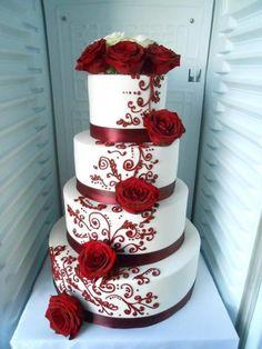 ✔ 30 wedding cakes so elegant, we can't look away 00113 – Beautiful Wedding Cake Designs Wedding Cake Red, Floral Wedding Cakes, Amazing Wedding Cakes, Wedding Cakes With Cupcakes, Wedding Cake Designs, Wedding Ideas, Burgundy Wedding, Simple Cupcakes, Christmas Wedding Cakes
