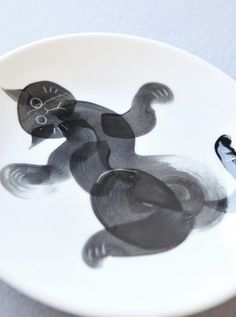 www.ojacraft.com #ojacraft #studio_oja #ceramic #art #cat #plate #dish #tableware #living #casa #livingdesign #handmade #craft