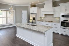 Best Kitchen Layout, One Wall Kitchen, Kitchen Layout Plans, Kitchen Layouts With Island, Kitchen Design Open, Kitchen Floor Plans, Kitchen Redo, Home Decor Kitchen, Interior Design Kitchen