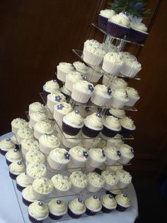 Stunning silver wedding cupcake display on an acrylic cupcake stand! 25th Wedding Anniversary Cakes, Anniversary Cupcakes, July Wedding, Simple Elegant Wedding, Elegant Wedding Cakes, Wedding Desserts, Wedding Cupcakes, Purple And Silver Wedding, Silver Weddings