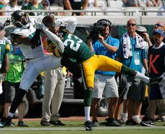 Green Bay Packers cornerback Damarious Randall (23) breaks up a pass intended for Jacksonville Jaguars wide receiver Allen Robinson, left, during the second half of an NFL football game in Jacksonville, Fla., Sunday, Sept. 11, 2016. Green Bay won 27-23.