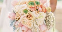 In our effort to bring more and better content to Belle The Magazine, we decided to change our series 25 Stunning Wedding Bouquets to 12 Stunning Wedding Bouque