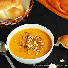 Ami's Vegetarian Delicacies: Roasted Butternut & Yellow Split Peas Soup