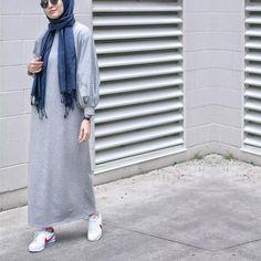 Hijab and outfits. Abaya Fashion, Muslim Fashion, Modest Fashion, Fashion Outfits, Casual Hijab Outfit, Hijab Dress, Hijab Fashion Casual, Hijab Wear, Modest Dresses