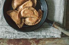 Piroggen mit Sauerkraut-Kartoffel-Füllung • KRAUTKOPF