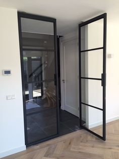 Industrial House, Steel Doors, Home Living Room, Glass Door, Interior Inspiration, Decoration, Architecture Design, Sweet Home, New Homes