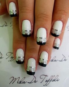 Black and white manicure at it's best!!!!!